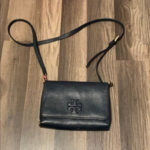Tory Burch crossbody purse and sandals size 8.